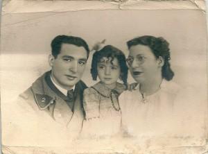 12 Lucien, Denise & Clairette 1939