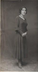 3 Rebecca Alazraki 1925 à Smyrne