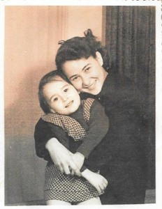 5 Eva & Michèle sa fille Halama