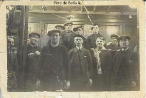 1  1930 père de Bella cireur de chaussures Galerie  Gare St Lazare