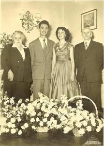 2  FAMILLE BERTRAND le jour des fiancailles de Robert et Gilberte