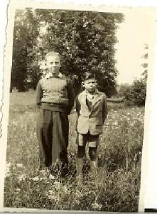 4 Nisso et Jojo à l'orphelinat 1946barbouth