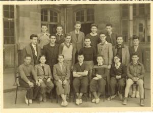 5 4eme à partir de la gauche terminale 1951barbouth