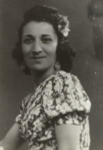 8 Estrella soeur de maman  déportée en mai 1943  de Alex H.algazi