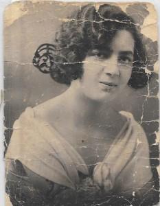 Rose Zumbul-Levy née Ventura (Maman Gilberte)